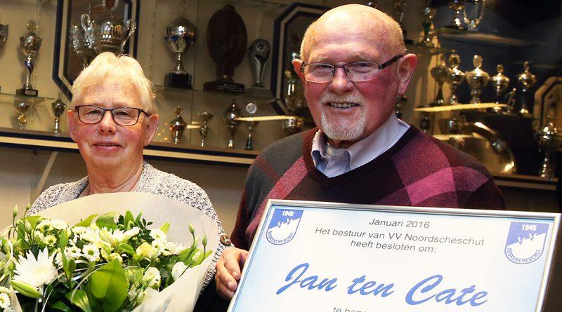 Hoogeveen onderscheidt vrijwilliger Jan ten Cate