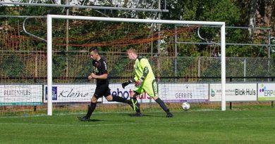 Hollandscheveld onderuit in eerste competitiewedstrijd