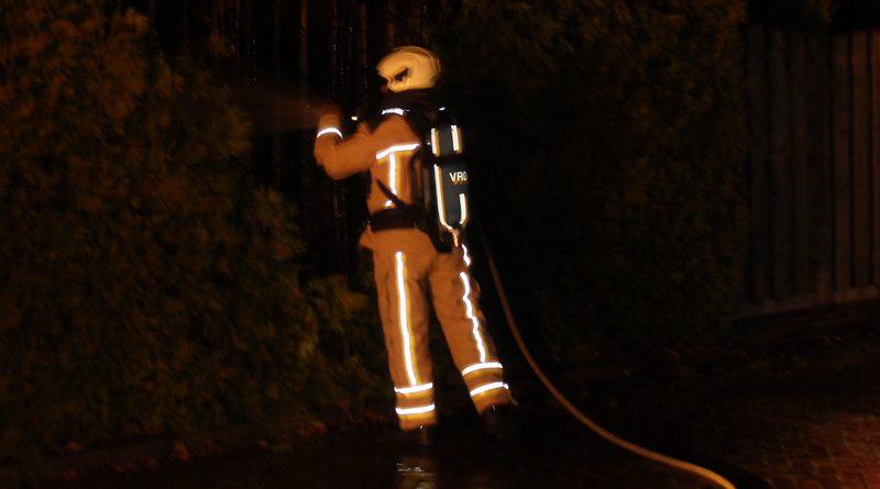 Omwonenden Plevier blussen brandje