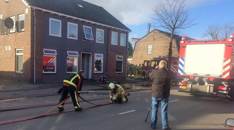 Grote Kerkstraat afgesloten na woningbrand