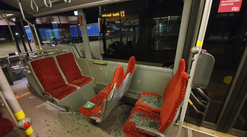 Daders van bekogelen bus melden zich