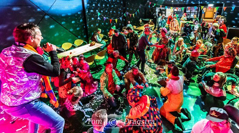 Dak van het Podium geblazen tijdens carnaval