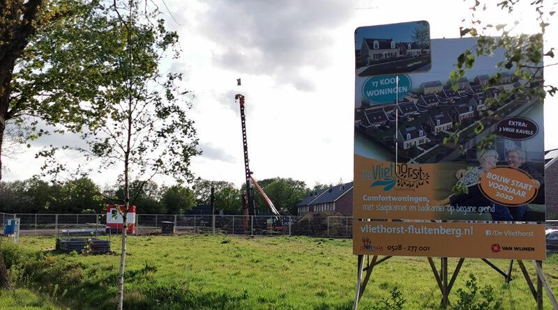 Bouw van 17 woningen in Fluitenberg loopt volgens planning