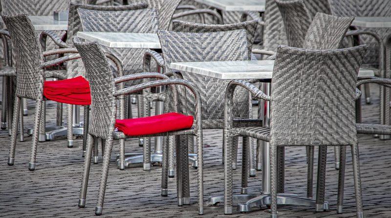 Mogelijkheden voor grotere terrassen horeca in en buiten centrum Hoogeveen