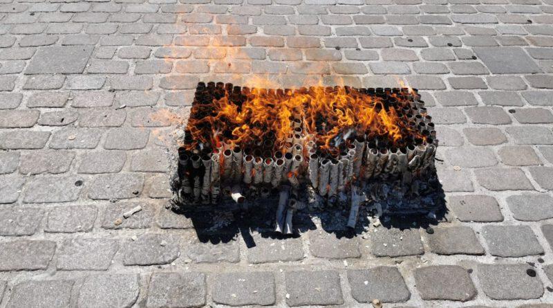 Verontwaardiging ondernemers en horeca na afsteken vuurwerk Hoofdstraat