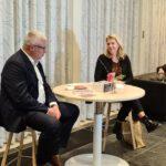 Lesje Drentse taal voor nieuwe wethouders