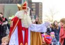 De Sinterklaas en zwarte pieten zijn er ook dit jaar voor de kinderen in Hoogeveen